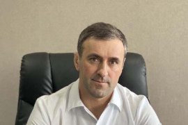 /uploads/images/staff/glavnyj-vrach-magomedov-dzhabrail-kamilovich1.jpg